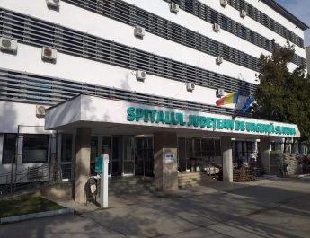 Medicii de la Spitalul Slatina care doresc să conducă secțiile își susțin proiectul de management