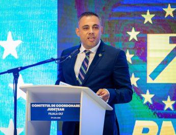"""Senatorul Liviu Voiculescu: """"Tot baletul politic al USR nu face decât să acutizeze și mai mult situația grea cu care se confruntă românii"""""""